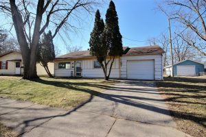 Featured image of property at 2061 Ontario Circle Fort Wayne, IN 46802