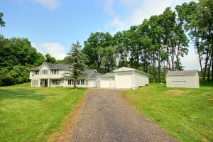 Featured image of property at 11200 N 400 E Roanoke, IN 46783