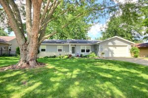 Featured image of property at 3622 Aboite Lake Dr. Fort Wayne, IN 46804